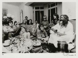 NPG x128616, The Beatles with Maharishi Mahesh Yogi