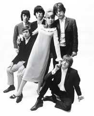 The-Rolling-Stones-with -Pattie-Boyd-by-John-French